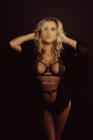 Anae escorts
